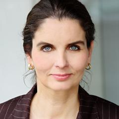 Dr. Nicole Koch LL.M.
